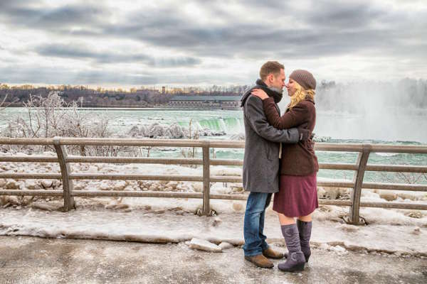 Engagement Couple Winter at Niagara Falls, NY by Fallesen Photography