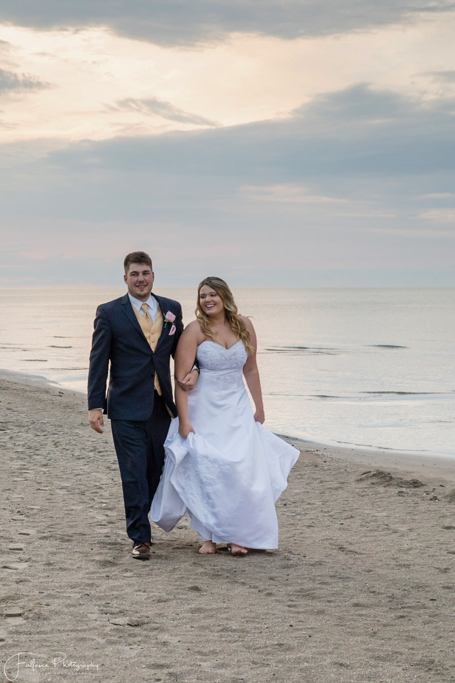 Ontario Beach Roger Robach Community Center, Cliver and Lee Wedding in Rochester NY by Fallesen Photography